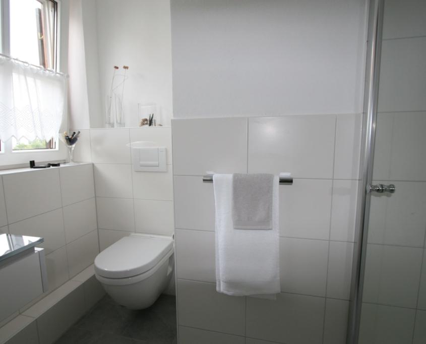 Kleines Bad mit Ecken