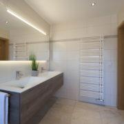 Wandheizkörper im großem Badezimmer nach Badrenovierung