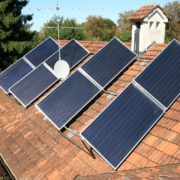 Solarplatten zur Energiegewinnung aus der Sonne