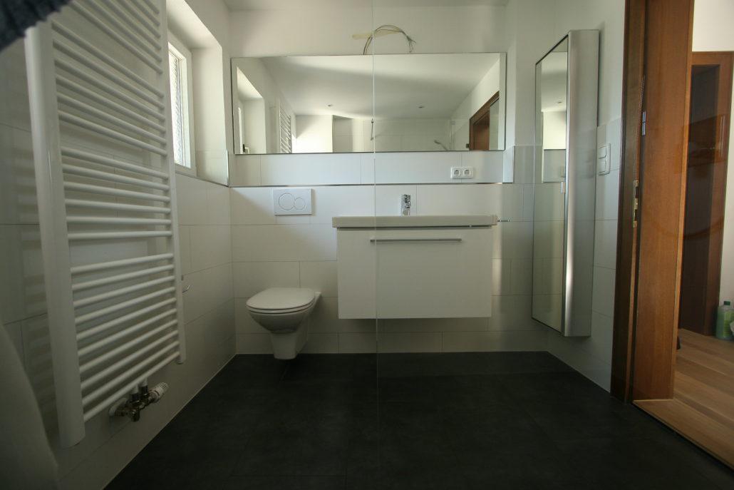 ihr individuelles baddesign schr ter haustechnik. Black Bedroom Furniture Sets. Home Design Ideas