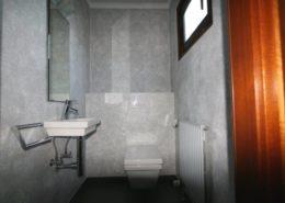 Moderne Spachteltechnik im Gäste WC