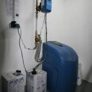Weichwasseranlage BWT aufgestellt im Keller