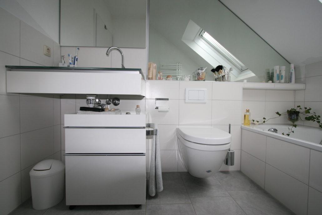 8 Expertentipps zur Badplanung im Dachgeschoß › Schröter Haustechnik | {Badewanne dachgeschoss 97}