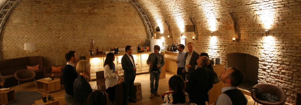 Tolles Ambiente bei der Weinverkostung mit unsere Geschäftsfreunden.