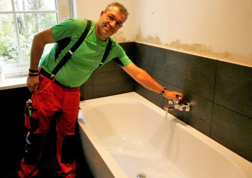 Sanitär Experte von Schröter Hautechnik