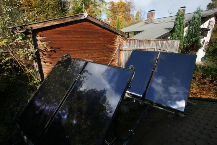 Optimal ausgerichtete Solar Flachkollektoren